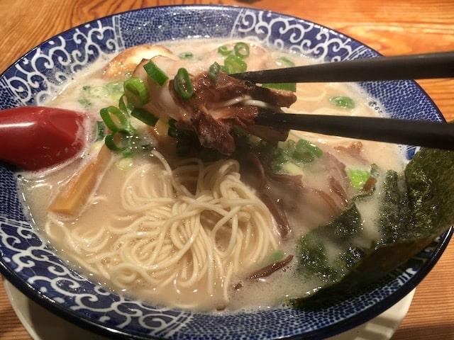 名古屋市天白区【鶴亀堂】のラーメン2