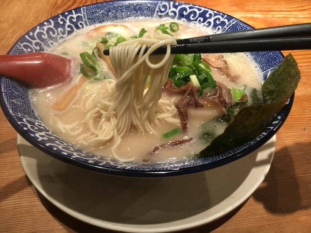 名古屋市天白区【鶴亀堂】のラーメン