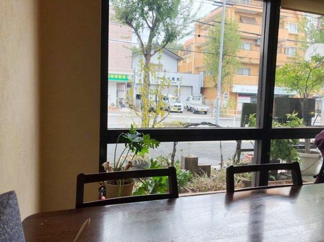 名古屋市天白区 ふんわり茶房のテーブル席