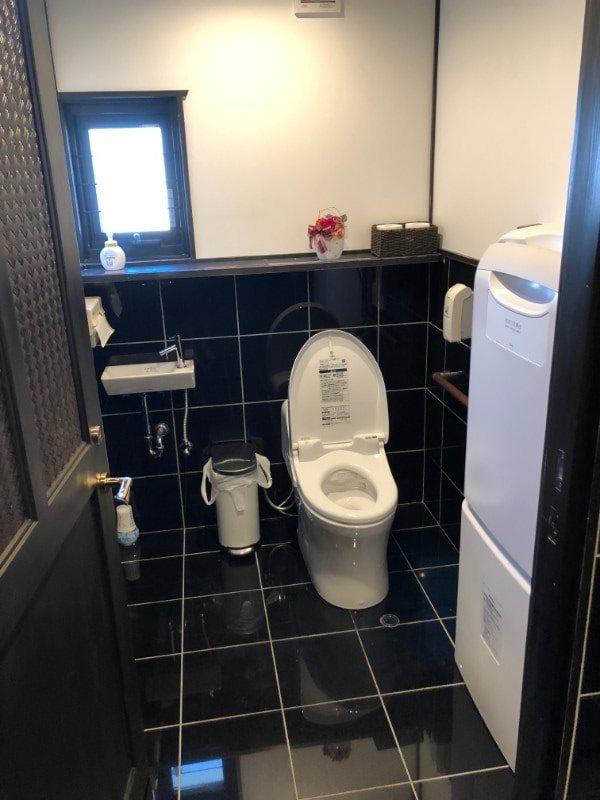 名古屋市天白区「珈琲屋らんぷ天白店」のトイレ