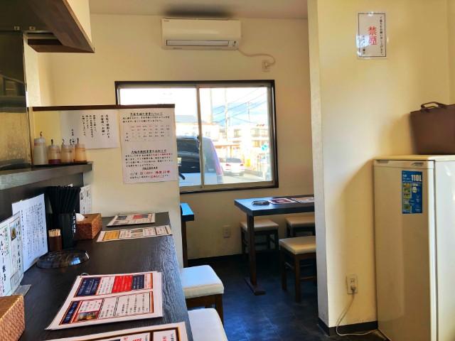 平針ラーメン【八麺山(はちめんざん)】テーブル席