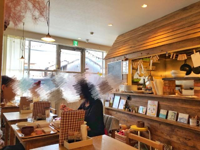 平針駅周辺おすすめランチ店【ことり食堂】店内