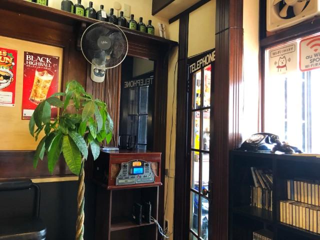 平針ラーメン【亀八】店内3