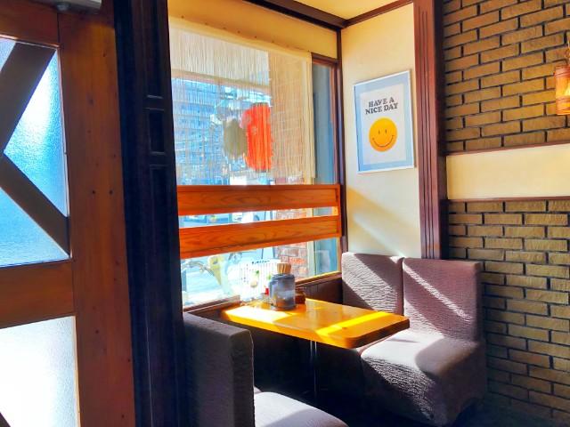平針ラーメン【亀八】店内4