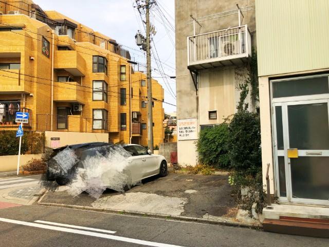 覚王山ランチ【キッチンひらき】駐車場2