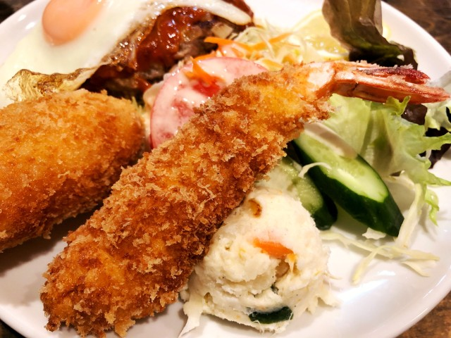 覚王山ランチ【キッチンひらき】エビフライ