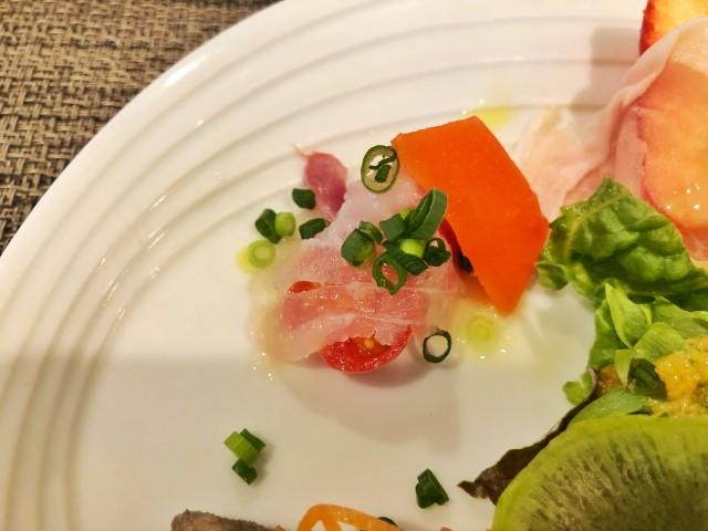 名古屋覚王山【AL Fortuna(アルフォルトゥーナ)】旬の鮮魚のカルパッチョ