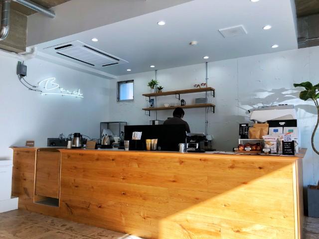平針【BENCH COFFEE STAND (ベンチコーヒースタンド)】バーカウンター