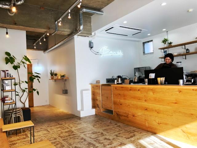 平針駅周辺おすすめカフェ【BENCH COFFEE STAND (ベンチコーヒースタンド)】内観