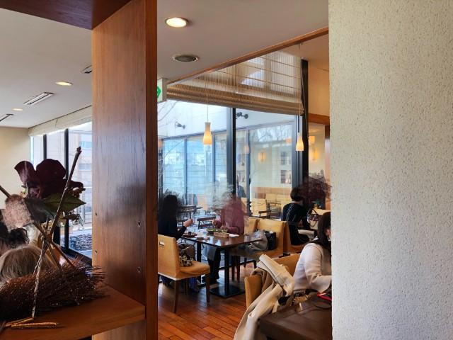 覚王山カフェ【ジクー】店内3