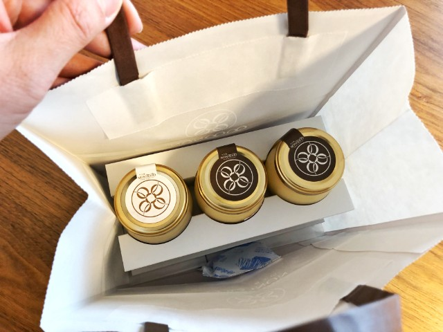 【QOQONON(ココノン)覚王山店】袋の中
