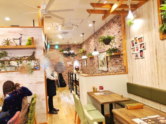 【QOQONON(ココノン)覚王山店】カフェスペース1
