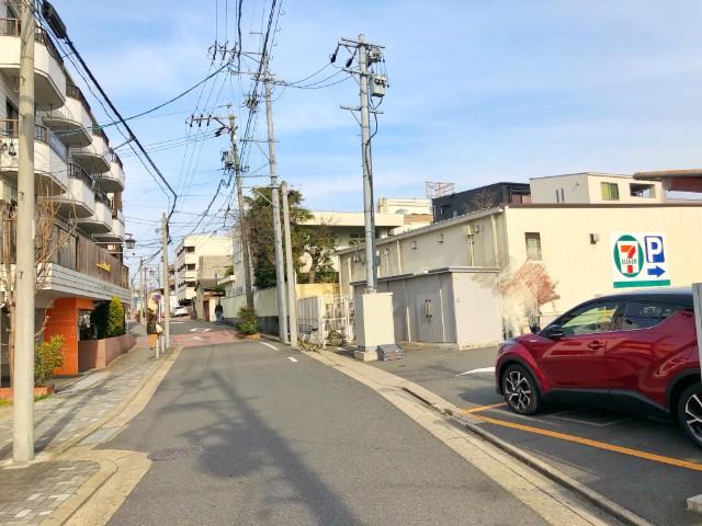覚王山ランチ【BISTRO La Plume(ビストロ ラ・プリュム) 】セブンイレブンの裏