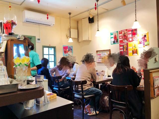 四間道/円頓寺パフェ【カフェ ド リオン (Cafe de Lyon)】内観1