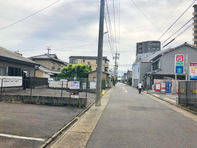 御器所【アイカフェ(i-cafe)】親子カフェ 駐車場1