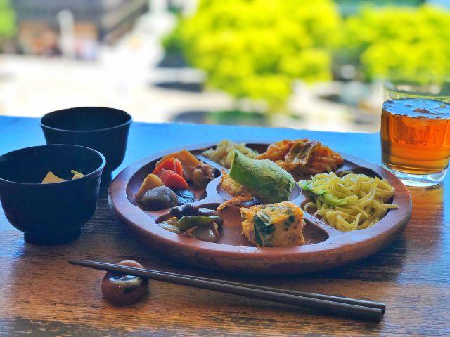 モクモクファーム【風の葡萄】ラシック ビュッフェ 温かい料理