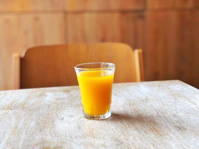 桜山 コーヒー専門店【吉岡コーヒー】マンゴージュース